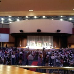 Photo taken at Dewan Perdana Felda by Mohd Noor I. on 11/19/2012
