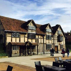 Photo taken at Stratford-upon-Avon by Sohil B. on 10/21/2015