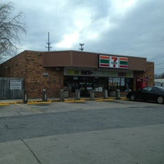 Photo taken at 7-Eleven by Paul H. on 3/2/2013