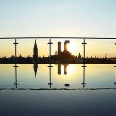 Photo taken at Mandarin Oriental, Munich by Johannes W. on 8/17/2013