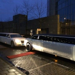 Photo taken at Hilton Garden Inn Leiden by Limo Nodig .. on 12/17/2014