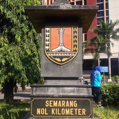 Photo taken at Semarang Nol Kilometer by Mi2 m. on 3/15/2015