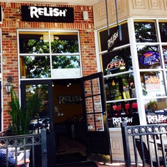 Photo taken at Relish Downtown by Roosevelt D. on 10/29/2013