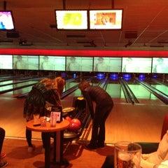 Photo taken at Bowlmor San Jose by Michael T. on 12/19/2012