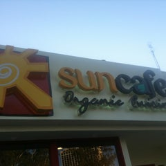 Photo taken at SunCafe Organic by 3 4. on 10/15/2012