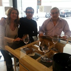 Photo taken at Bistro vinos Suiza by Paco M. on 9/28/2012