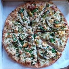 Photo taken at Cruzer Pizza by Darlene A. on 1/5/2014