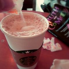 Photo taken at Starbucks by Thotfool on 12/31/2012