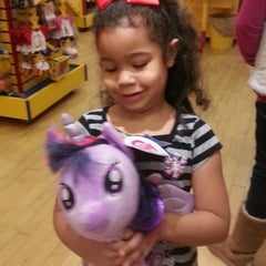Photo taken at Build-A-Bear Workshop by Missy E. on 12/21/2013