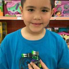 """Photo taken at Toys """"R"""" Us by Franz C. on 10/19/2013"""