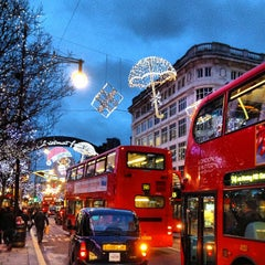 Photo taken at Oxford Street by Mejroxy on 12/28/2012