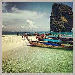 Photo taken at เกาะปอดะ (Poda Island) by Natalia C. on 4/25/2013