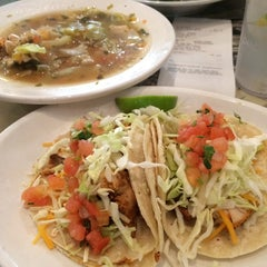 Photo taken at Wahoo's Fish Taco by Louie T. on 3/9/2014