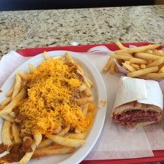 Photo taken at Steve's Burgers by LeeAnn K. on 10/31/2015