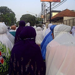 Photo taken at Samsat Bandung Barat by Yenni R. on 8/7/2013