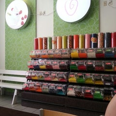 Photo taken at FroYo Bella by Yuridia C. on 7/13/2013