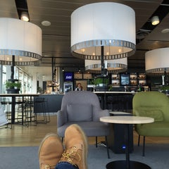 Photo taken at SAS Business Lounge by Hakan Y. on 10/10/2015