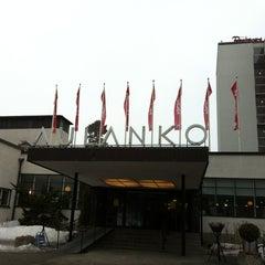 Photo taken at Kylpylähotelli Rantasipi Aulanko by Seija K. on 4/12/2013