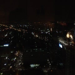 Photo taken at Sky view -Blue chip by Oh Hyeyeon on 11/9/2012