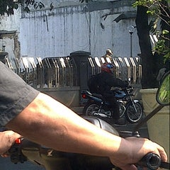 Photo taken at Perempatan Senen by Dorrie Martanto on 9/22/2012