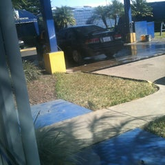 Photo taken at Auto Sol Lavacar by Alejandro C. on 1/8/2013