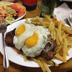 Photo taken at Restaurant La Motoneta by Felipe A. on 11/18/2012