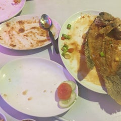 Photo taken at D'Cost Seafood by Desy M. on 3/8/2016