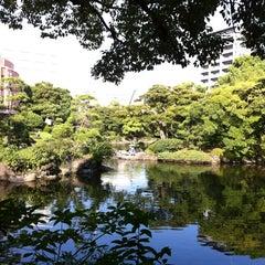 Photo taken at 旧安田庭園 by Yoko O. on 9/29/2012