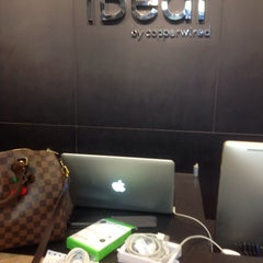 Photo taken at iBeat by Emmily K Wong on 5/2/2015