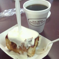 Photo taken at Old West Cinnamon Rolls by Dax A. on 10/5/2012