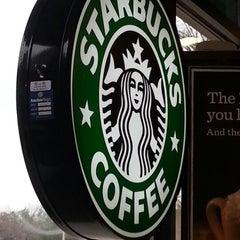 Photo taken at Starbucks by Wendy B. on 1/28/2013