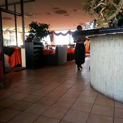 Photo taken at Maharaja Indian Restaurant by Carla R. on 11/9/2013