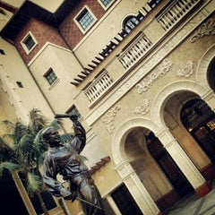 Photo taken at USC School of Cinematic Arts (SCA) by Daryl Ray C. on 1/13/2013