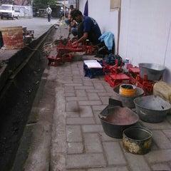 Photo taken at Pasar Sapi Salatiga by Ardian P. on 7/8/2015
