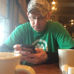 Photo taken at Cracker Barrel Old Country Store by Alisha O. on 2/14/2015