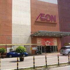 Photo taken at AEON Bukit Indah Shopping Centre by Muhamad H. on 3/10/2013