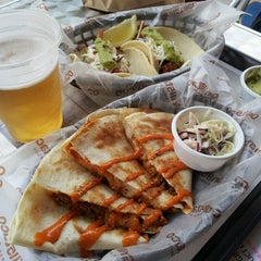 Photo taken at Grill5taco by Haemi Y. on 4/28/2013