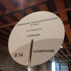 Photo taken at Salon des Vignerons Independants by Cyril J. on 11/15/2013