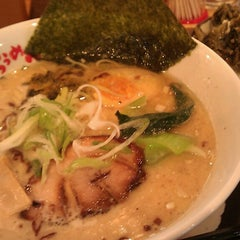 Photo taken at らうめん 蔵 by Msts I. on 10/25/2013