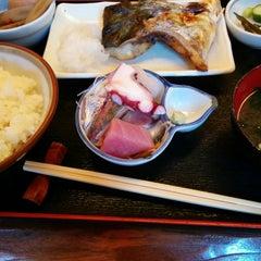 Photo taken at 魚鐵 by Masafumi N. on 12/1/2014