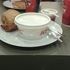 Photo taken at KFC by Anxs S. on 10/6/2015
