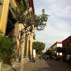 Photo taken at La Casa histórica de Tlaquepaque by Ernesto G. on 2/20/2013