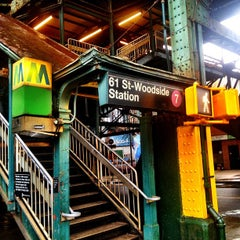 Photo taken at LIRR - Woodside Station by Oscar M. on 2/24/2013