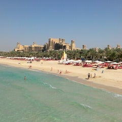 Photo taken at Madinat Jumeirah مدينة جميرا by Gokhan E. on 10/26/2012