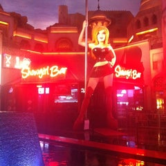 Photo taken at Planet Hollywood Resort & Casino by Johnny M. H. on 11/7/2012