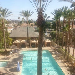 Photo taken at Crowne Plaza Anaheim Resort by Dale W. on 7/14/2013