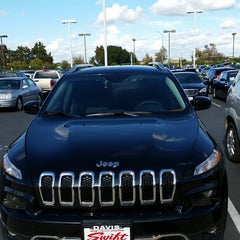 Photo taken at Swift Chrysler Jeep Dodge Kia by Lillian M. on 11/1/2014