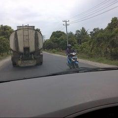 Photo taken at Lintas Sumatera (Teb.Tnggi-Medan) by Zazoelye Z. on 9/15/2013