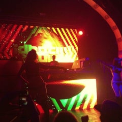 Photo taken at Elektricity Nightclub by MiRk™ on 6/22/2013