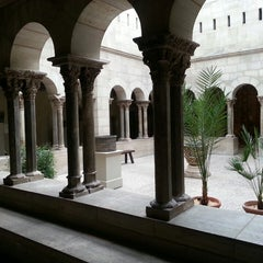 Photo taken at The Cloisters by Aymeric G. on 10/23/2013